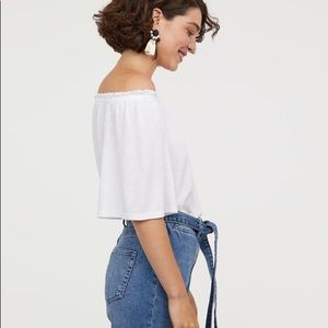 Off the shoulder white tee shirt